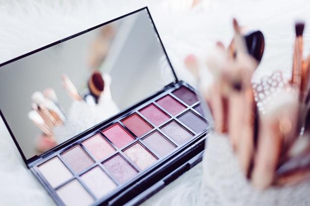 Best Eyeshadow Palettes Reviews 2020