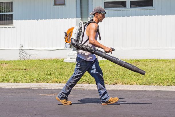 Best Leaf Blower Vacuum Mulchers Reviews 2020